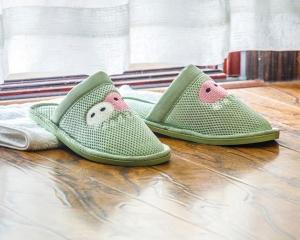 绿色民用环保拖鞋
