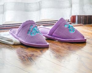 紫色民用环保拖鞋
