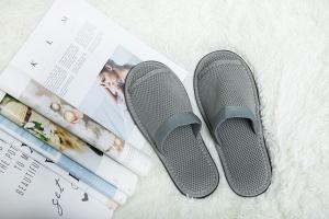 灰色环保拖鞋